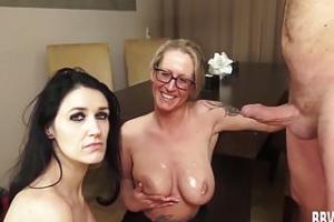 Freie reife Porno-Vidoes Ebenholz Porno-Seiten
